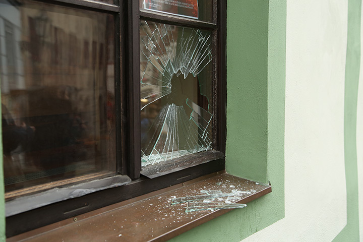 A2B Glass are able to board up broken windows while they are being repaired in Oval.